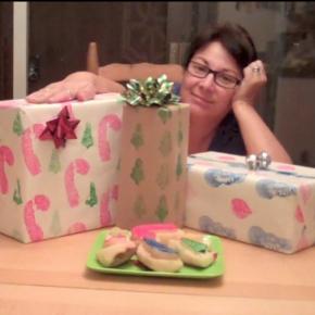 It's a Wrap! Make Potato Stamp Holiday WrappingPaper